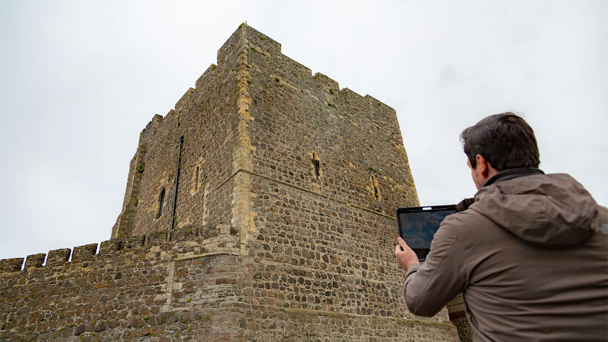 Augmented reality for cultural heritage castle app